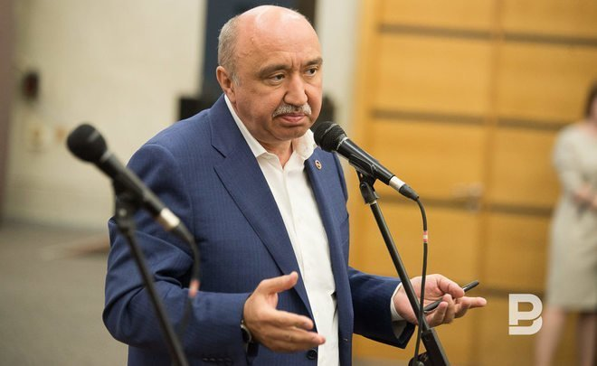 Ilshat Gafurov asks for tax benefits for KFU