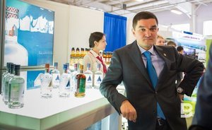 Minnakhmetov to pour 'Russian Vodka': Tatspirtprom requests patent to export 'Russkaya Valyuta'