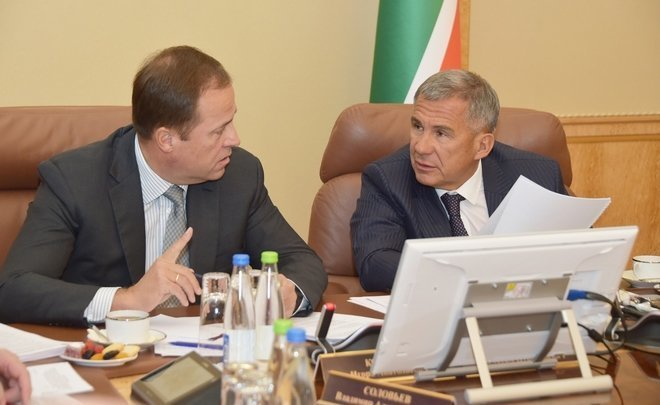 'Do you split the money with your wife?': how Minnikhanov and Komarov argued about May Decree budget