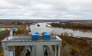3,000 kilometres by water: delivery of another lot of equipment to Nizhnekamskneftekhim's ethylene plant