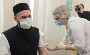 How Kamil Samigullin urged Christians: Kazan religious clerics have received a vaccine against COVID-19